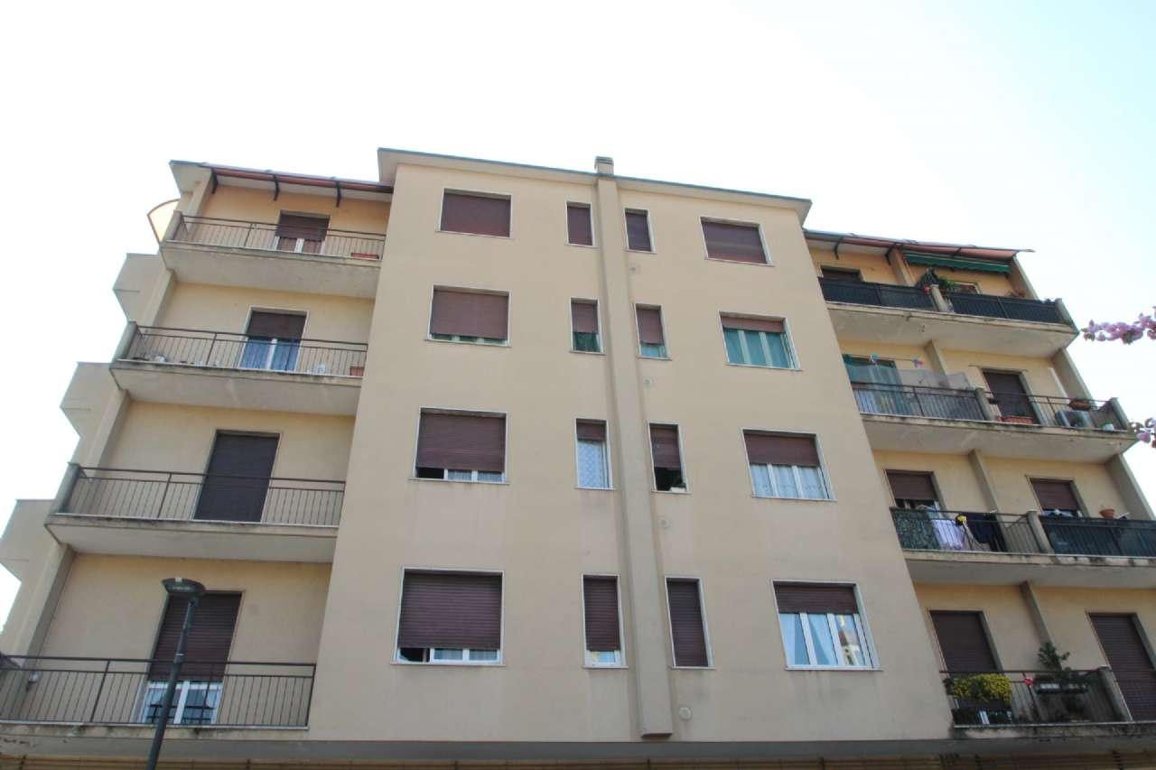 Appartamento in buone condizioni in vendita Rif. 6265431