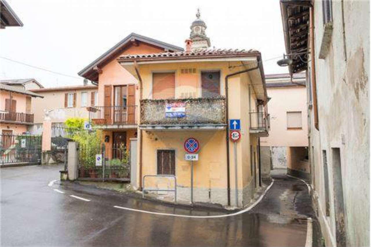 Appartamento in buone condizioni in vendita Rif. 6408940