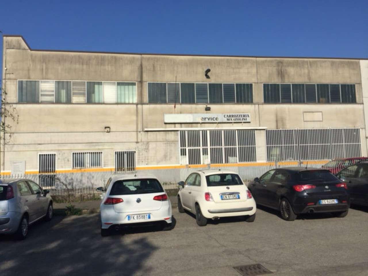 Capannone in vendita a Brembate di Sopra, 2 locali, prezzo € 289.000   CambioCasa.it