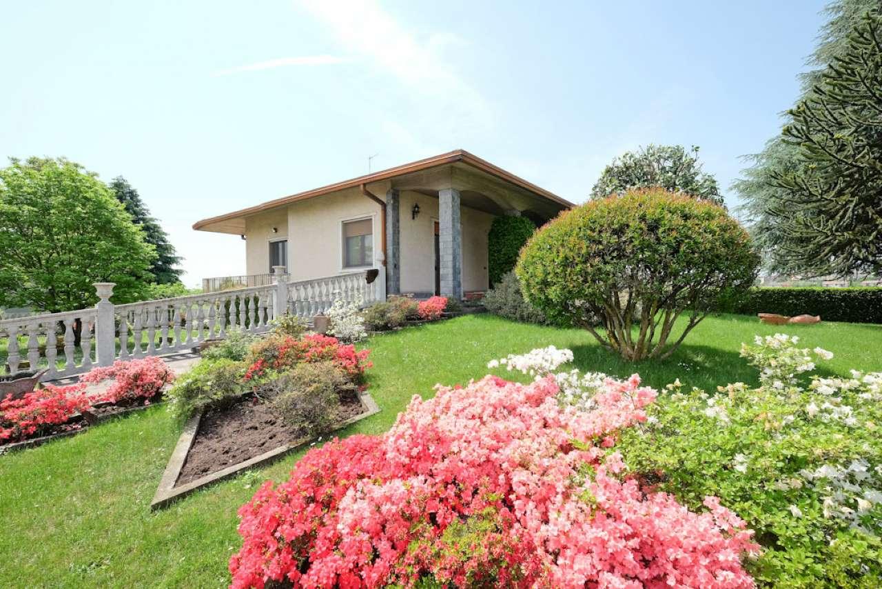 Villa in vendita a Chignolo d'Isola, 4 locali, prezzo € 699.000 | CambioCasa.it