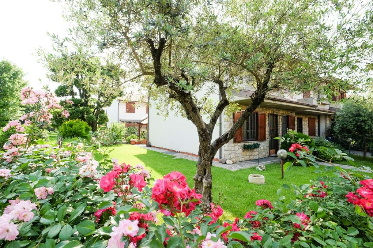 Villa a Schiera in vendita a Treviolo, 4 locali, prezzo € 309.000 | CambioCasa.it