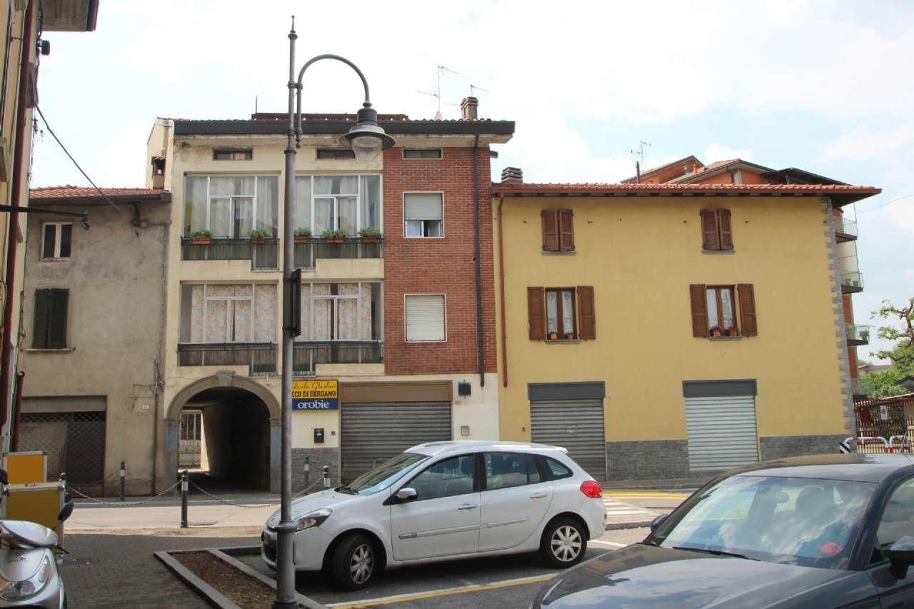 Negozio / Locale in vendita a Bonate Sotto, 1 locali, prezzo € 69.000 | CambioCasa.it