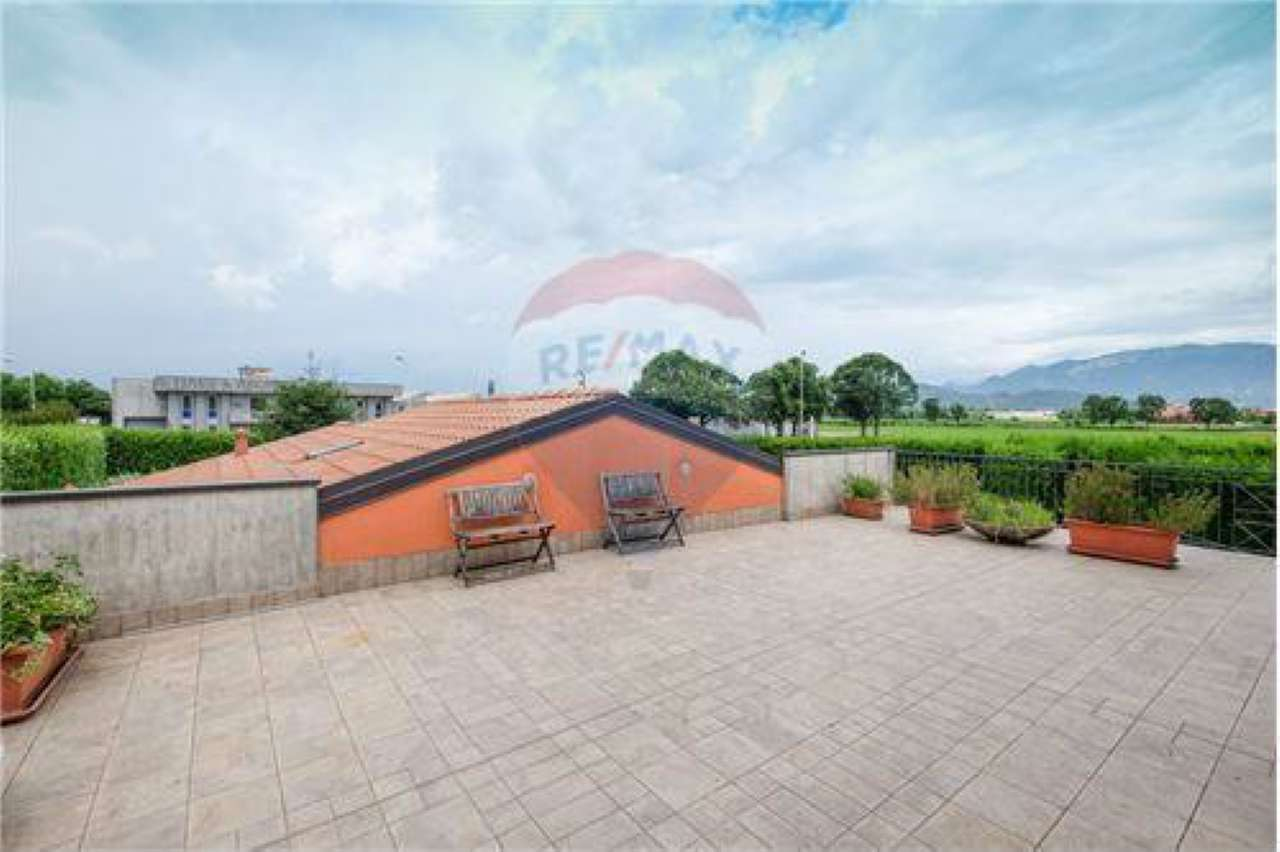 Appartamento in vendita a Bonate Sotto, 3 locali, prezzo € 174.000 | CambioCasa.it