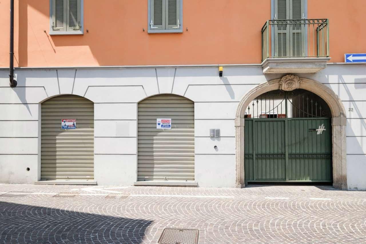 Ufficio / Studio in affitto a Brembate, 1 locali, prezzo € 450 | CambioCasa.it