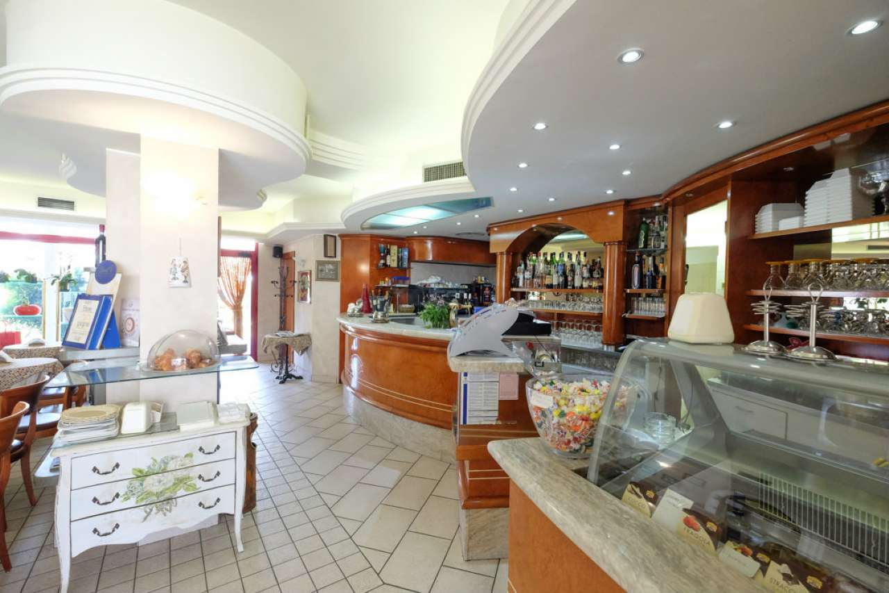 Bar in vendita a Suisio, 1 locali, prezzo € 130.000 | CambioCasa.it