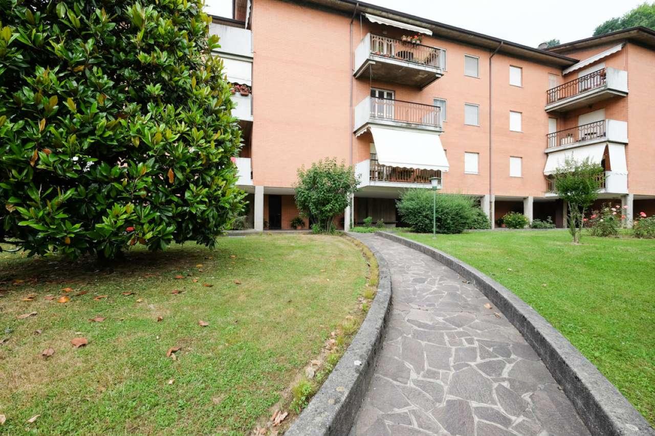 Appartamento in buone condizioni in vendita Rif. 7086639