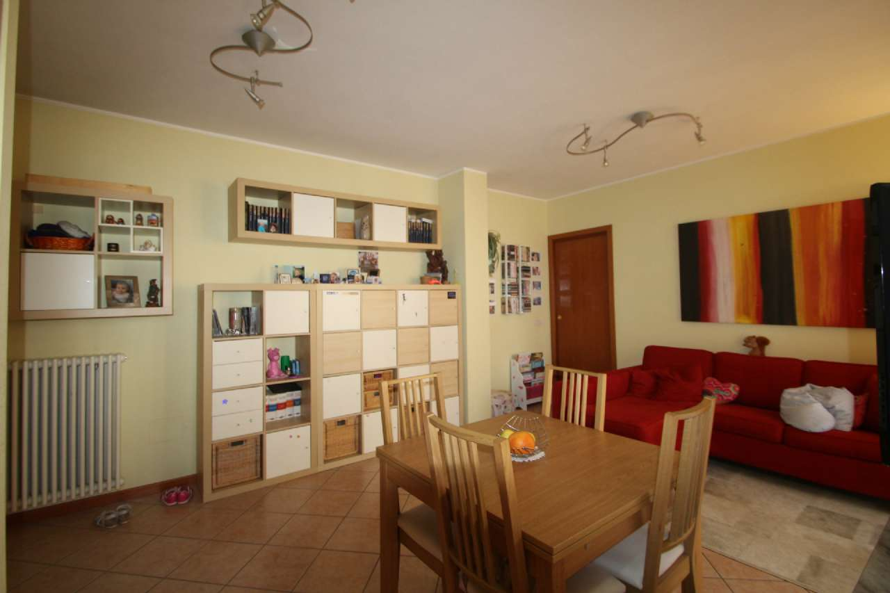 Appartamento in Vendita a Treviolo
