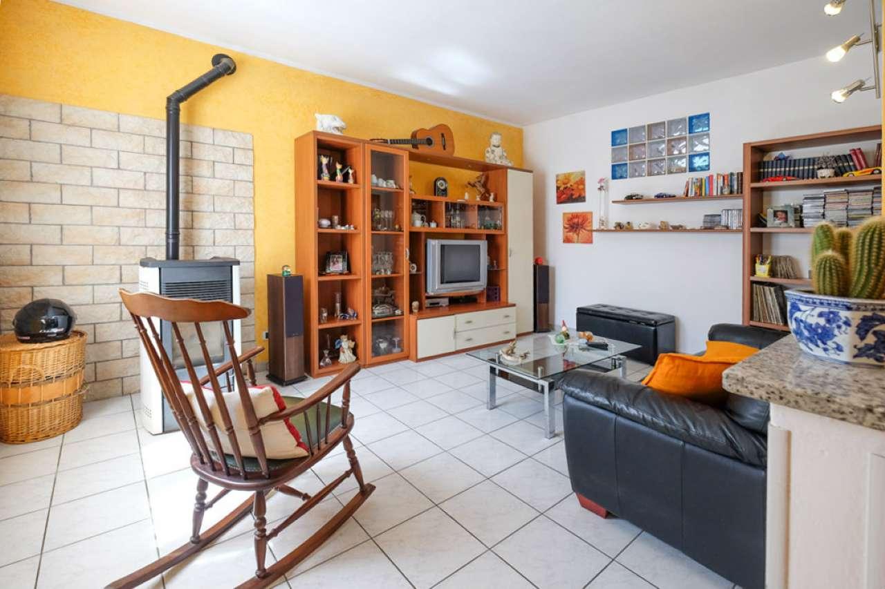 Villa a Schiera in vendita a Brembate di Sopra, 3 locali, prezzo € 179.000   CambioCasa.it