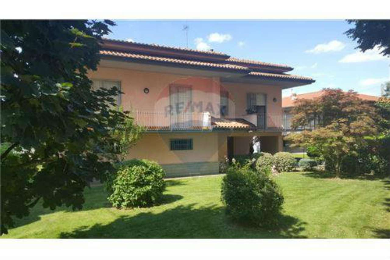 Villa in vendita a Filago, 5 locali, prezzo € 279.000 | CambioCasa.it