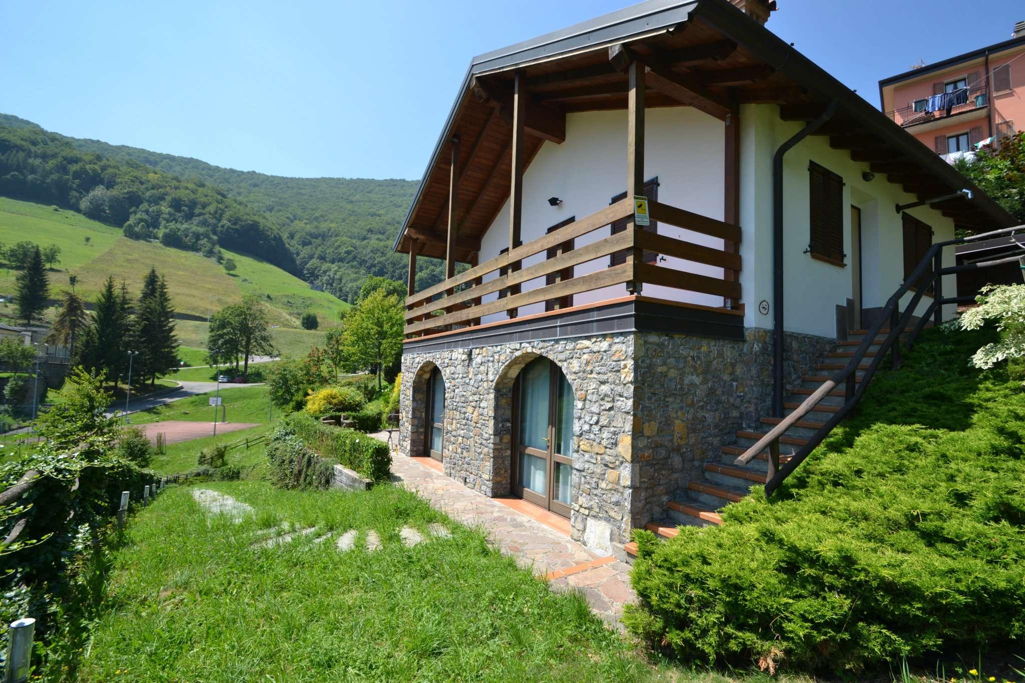 Villa in vendita a Costa Valle Imagna, 4 locali, prezzo € 149.000 | CambioCasa.it