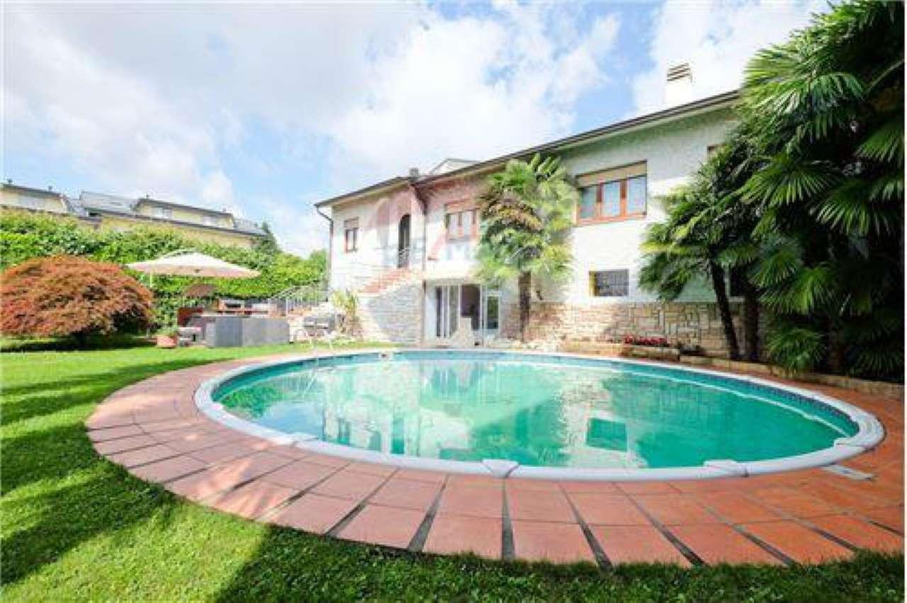 Villa in Vendita a Carvico