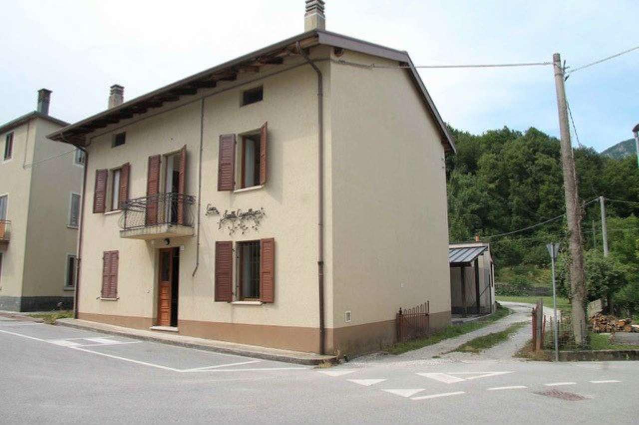 Soluzione Indipendente in vendita a Verzegnis, 4 locali, prezzo € 69.000   CambioCasa.it