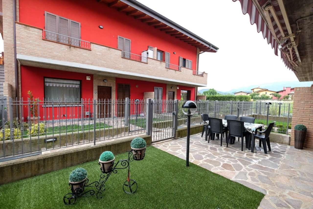 Trilocale in villa con giardino