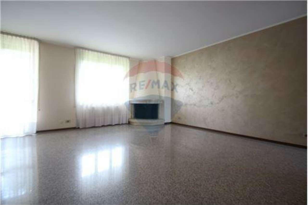 Villa a Schiera in vendita a Brembate di Sopra, 4 locali, prezzo € 239.000 | CambioCasa.it