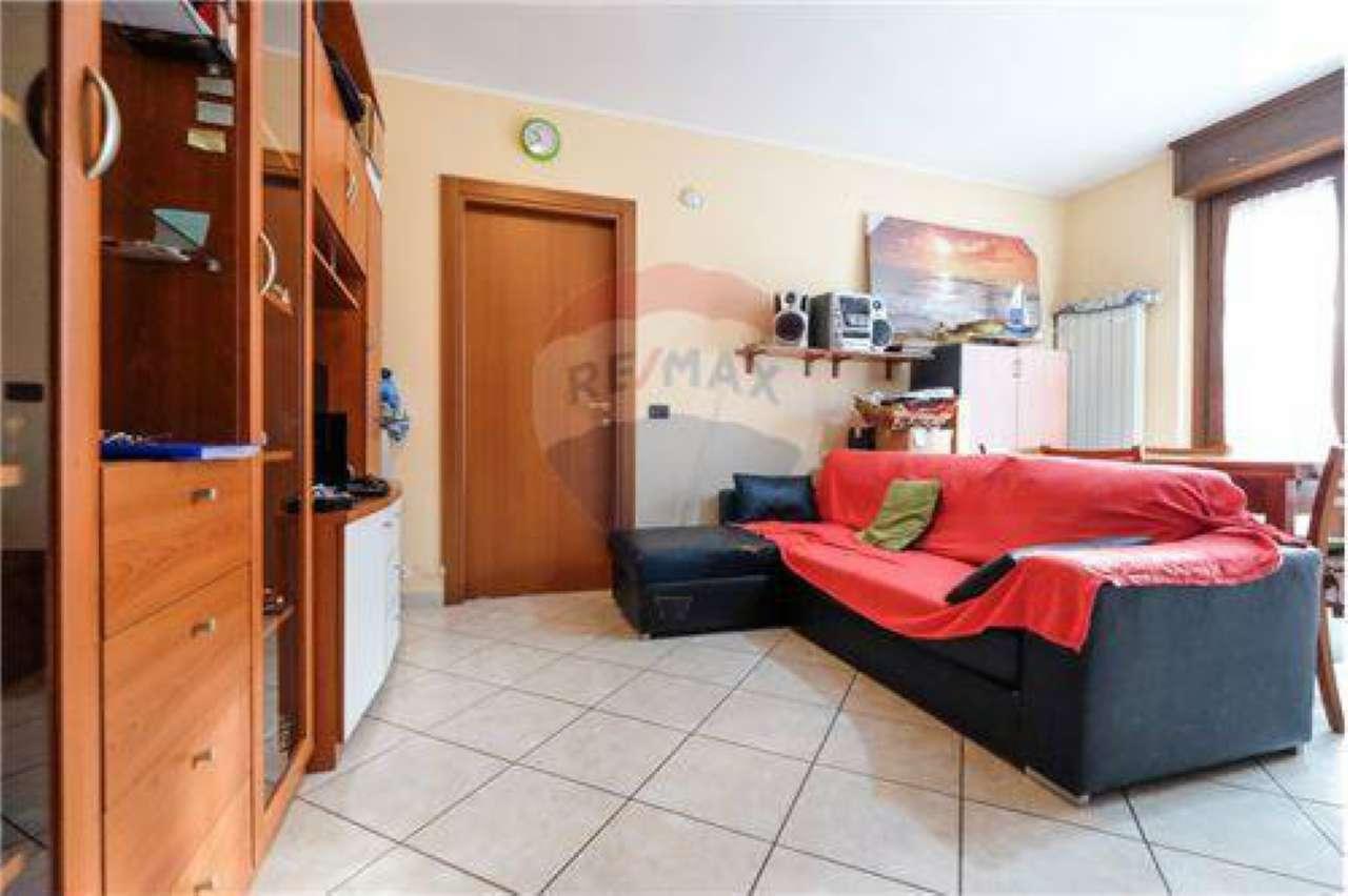 Appartamento in vendita a Boltiere, 2 locali, prezzo € 69.000   PortaleAgenzieImmobiliari.it