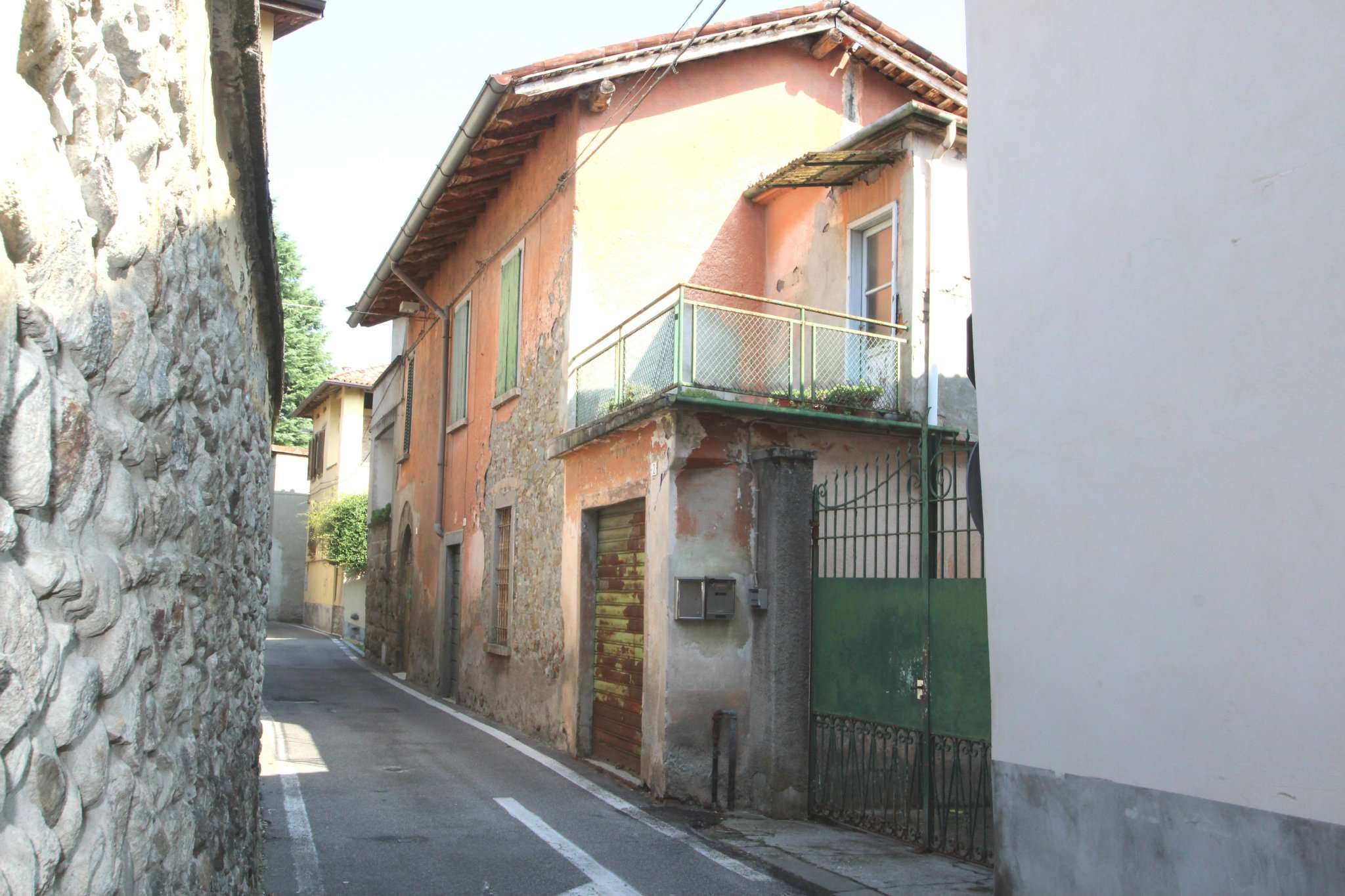 Appartamento in vendita a Mapello, 3 locali, prezzo € 50.000 | CambioCasa.it