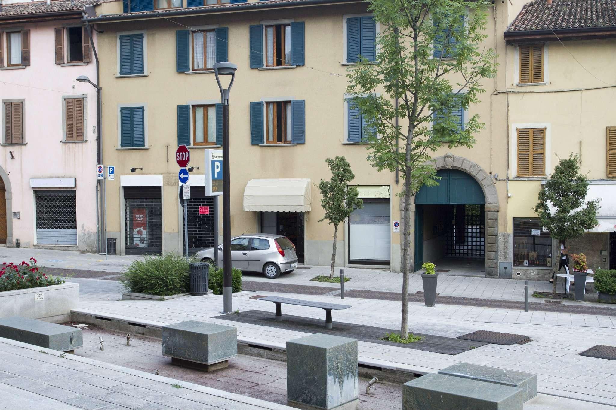 Negozio / Locale in vendita a Nembro, 2 locali, prezzo € 100.000 | CambioCasa.it