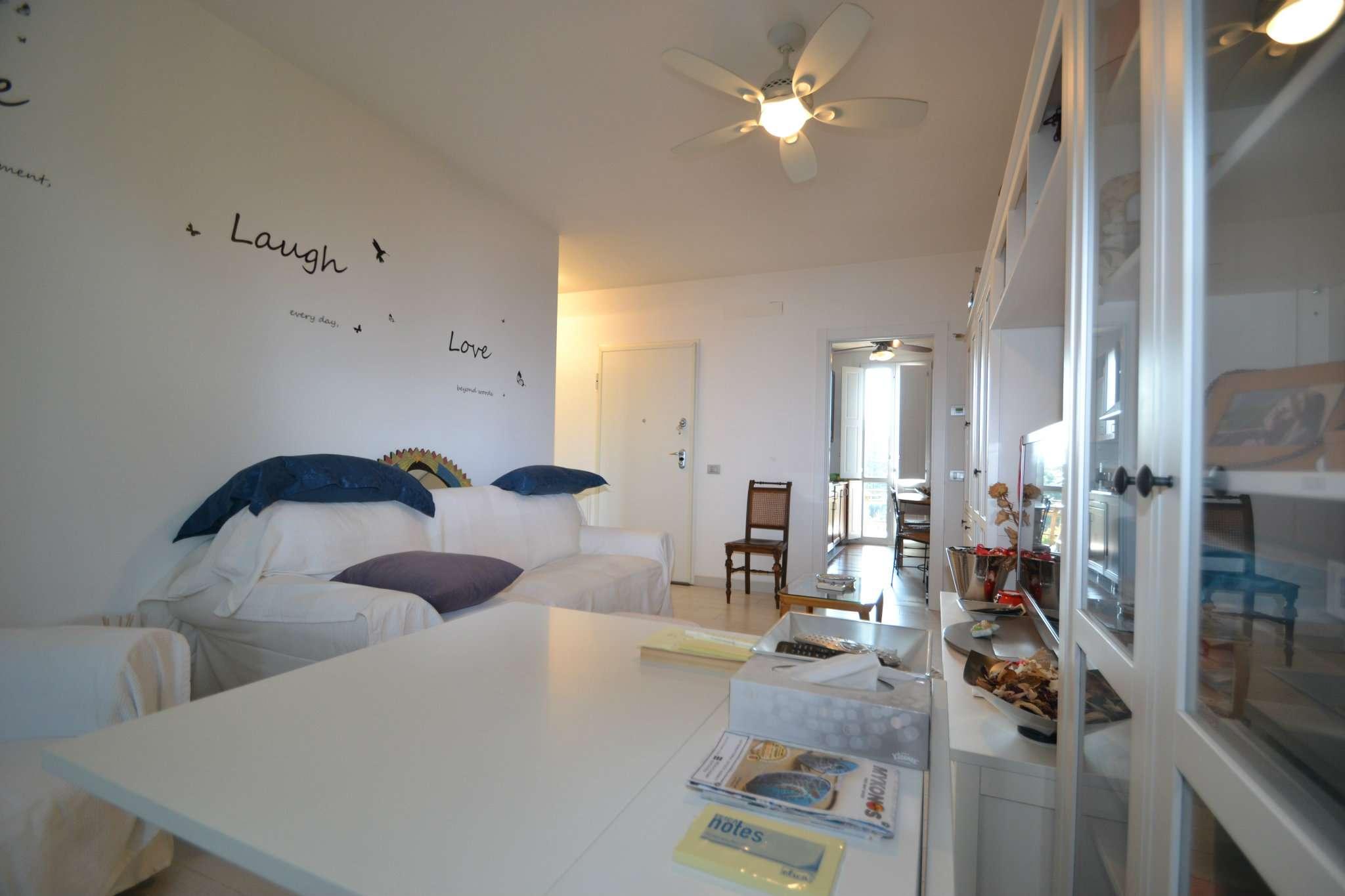 Appartamento in buone condizioni arredato in vendita Rif. 8113785