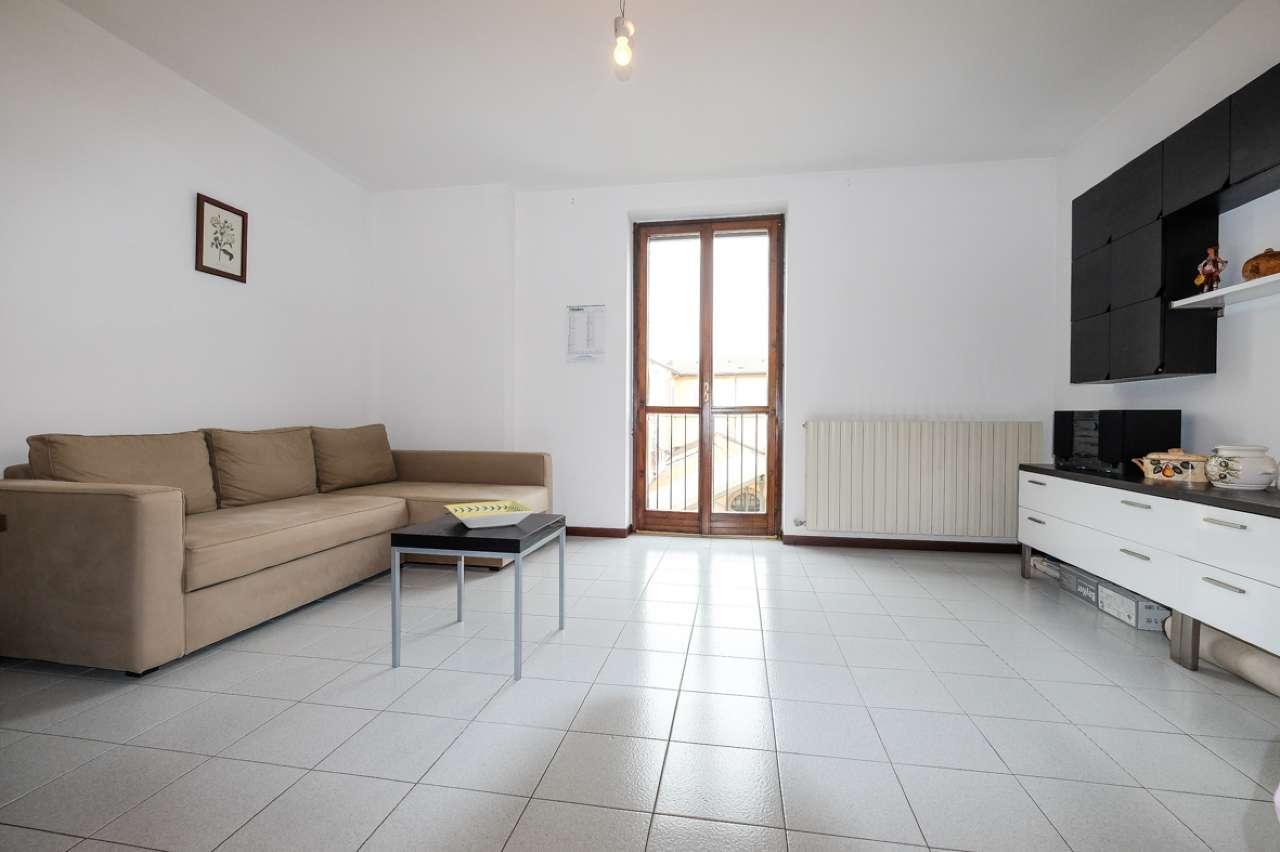 Appartamento in vendita a Trezzo sull'Adda, 3 locali, prezzo € 125.000 | PortaleAgenzieImmobiliari.it