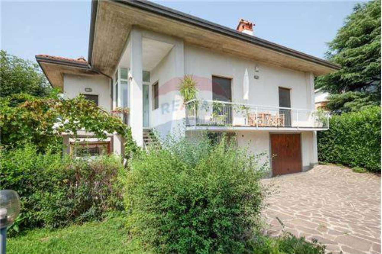 Villa in vendita a Mapello, 6 locali, prezzo € 390.000   CambioCasa.it