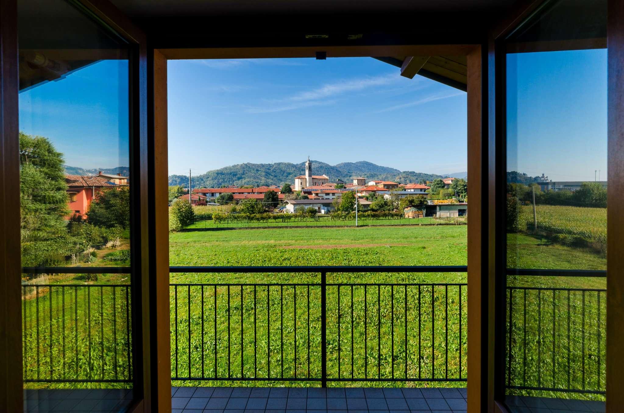 Appartamento in vendita a Brembate di Sopra, 3 locali, prezzo € 155.000 | CambioCasa.it