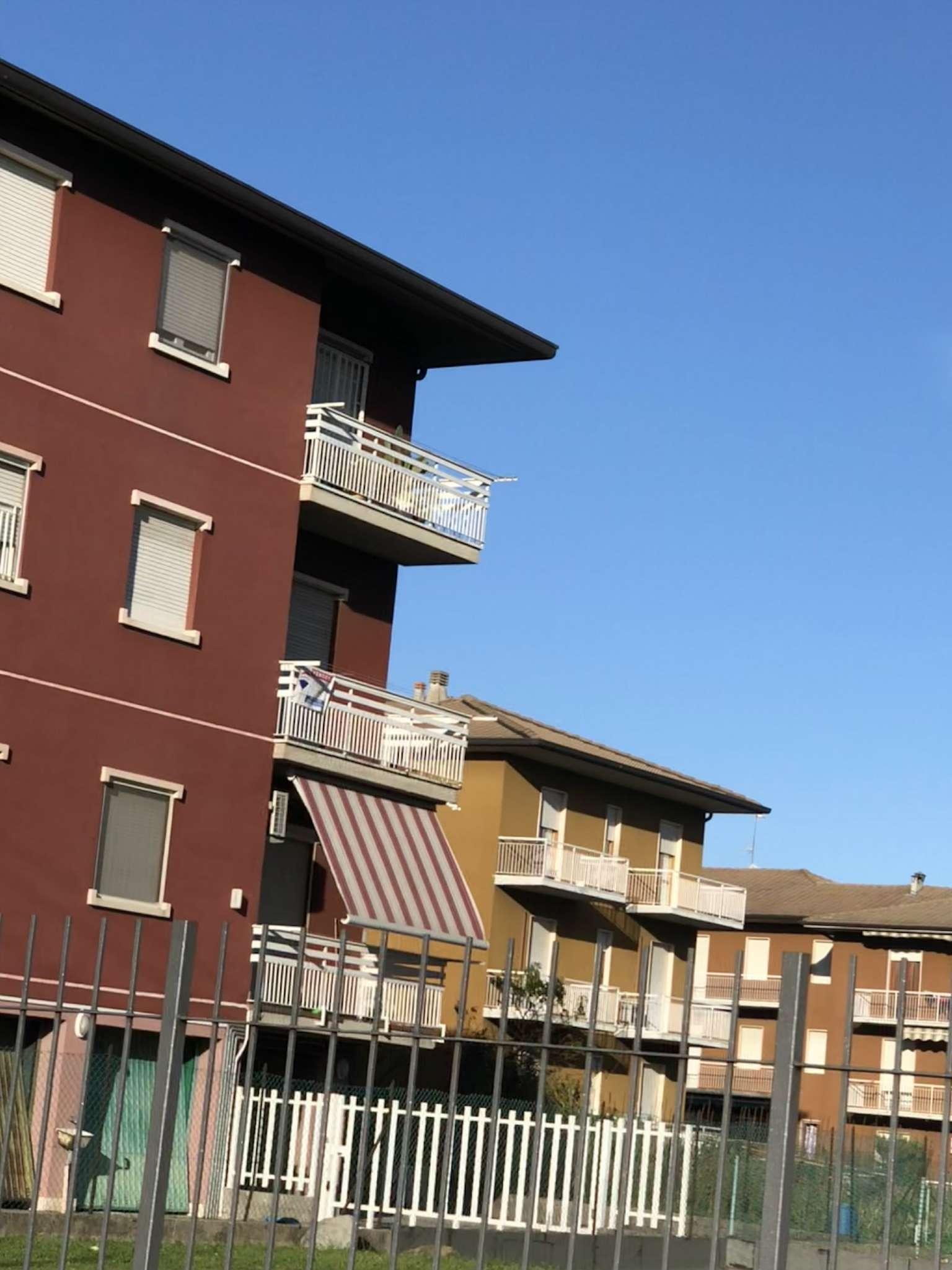 Appartamento in condizioni mediocri in vendita Rif. 8288971