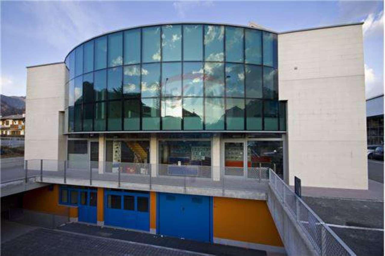 Magazzino in vendita a Clusone, 1 locali, prezzo € 60.000 | CambioCasa.it