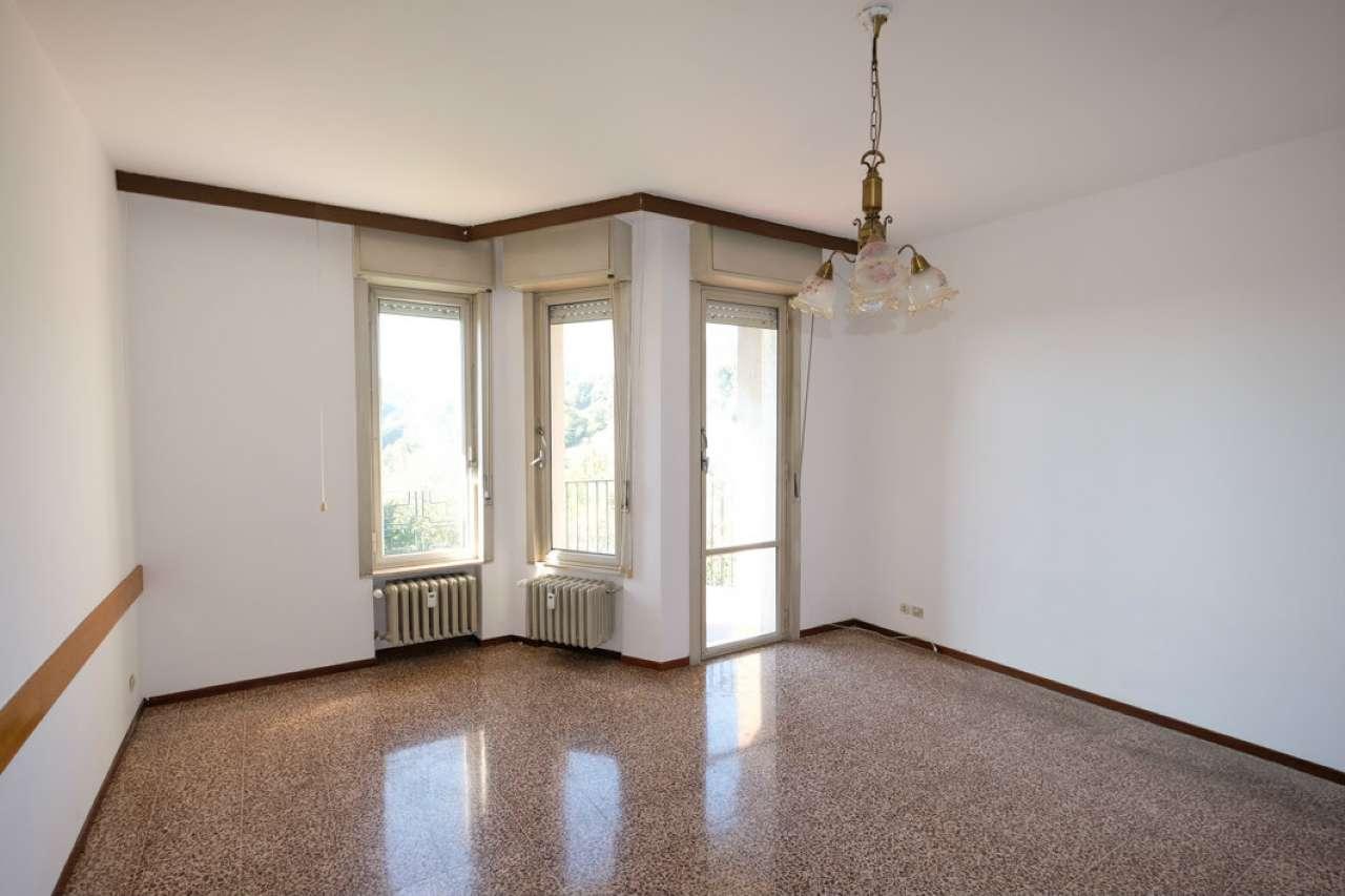 Appartamento in vendita a Caprino Bergamasco, 3 locali, prezzo € 44.000 | PortaleAgenzieImmobiliari.it