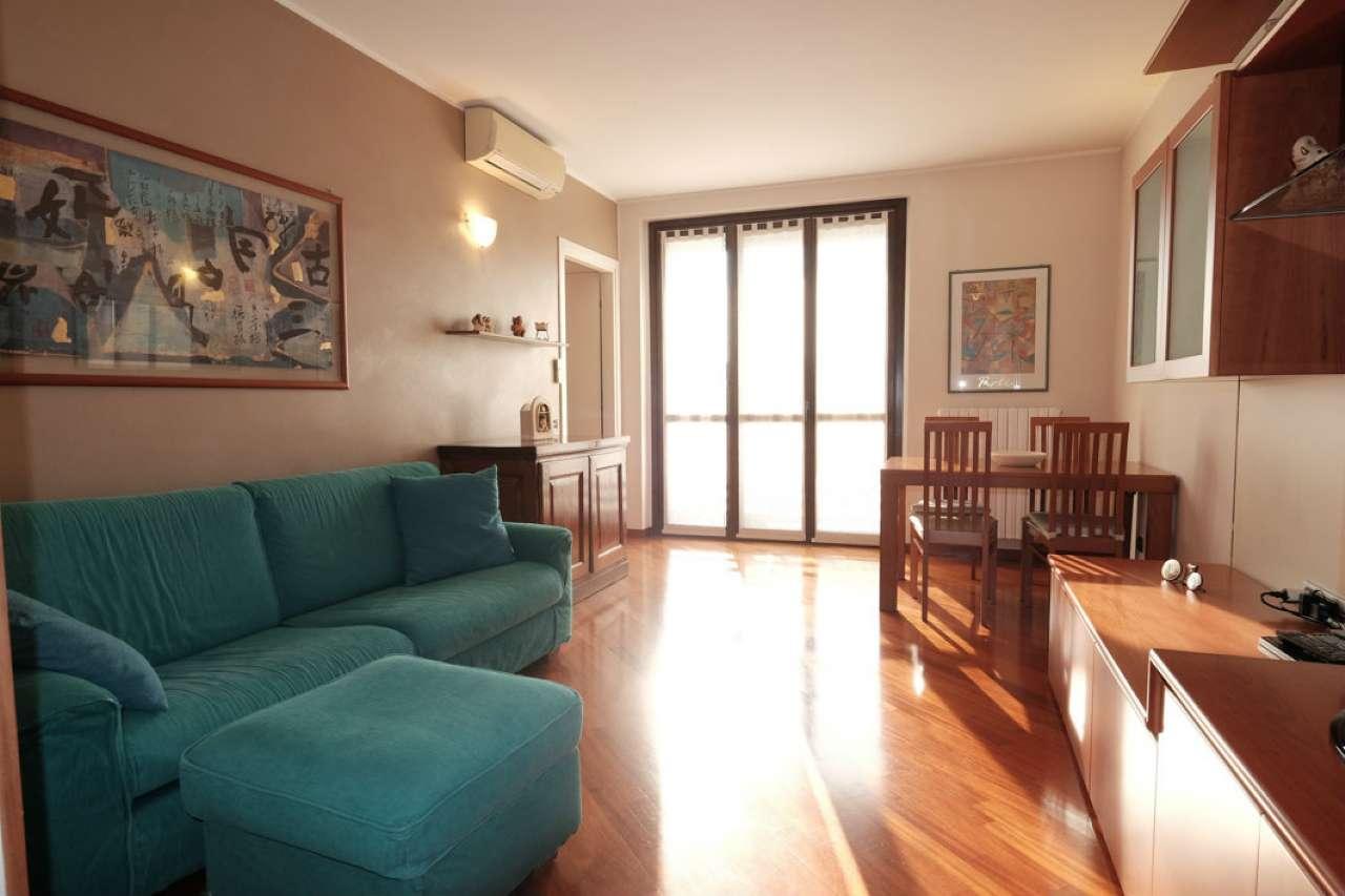 Appartamento in vendita a Trezzano Rosa, 3 locali, prezzo € 170.000 | PortaleAgenzieImmobiliari.it
