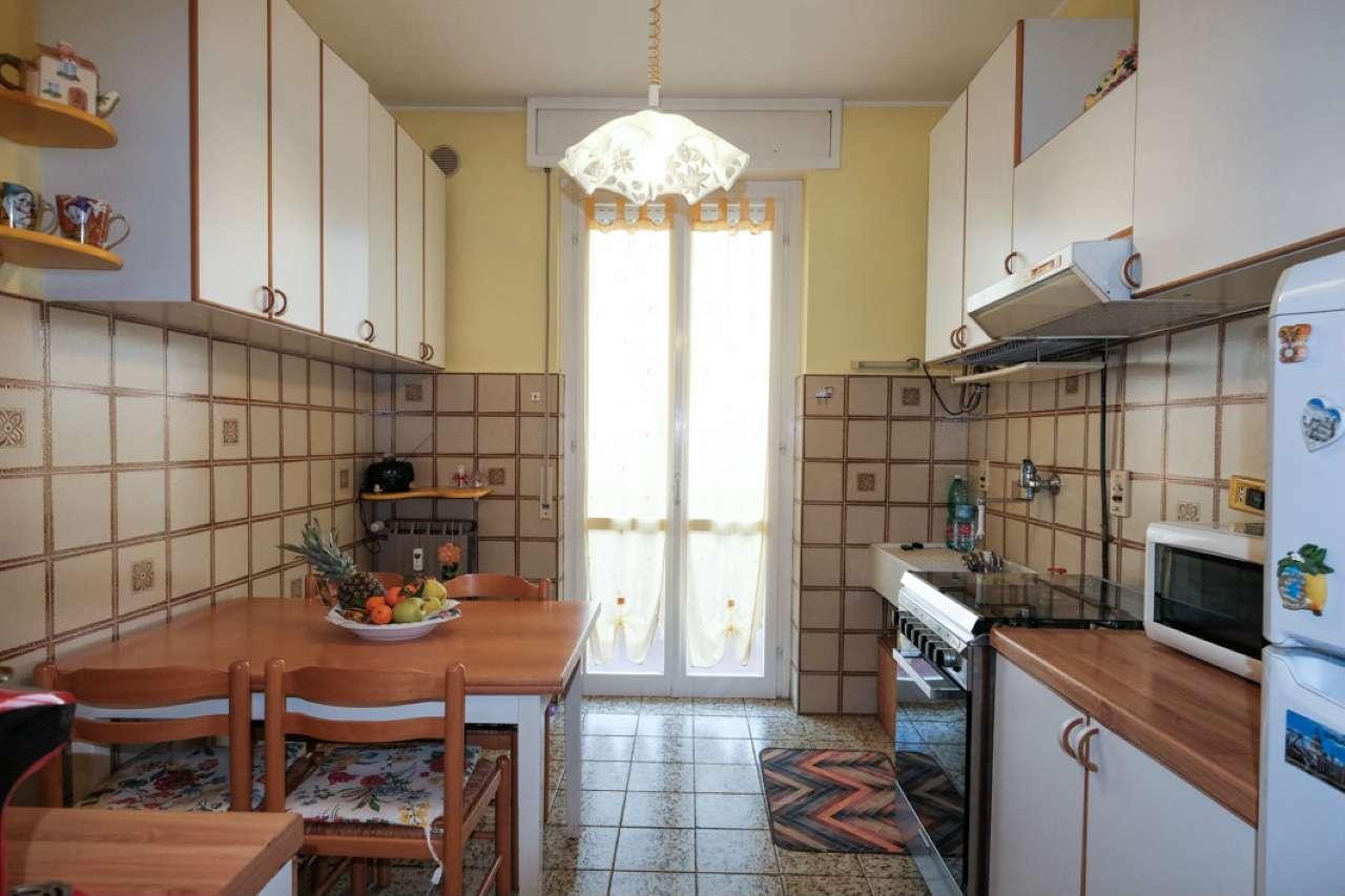 Appartamento in buone condizioni in vendita Rif. 8748811