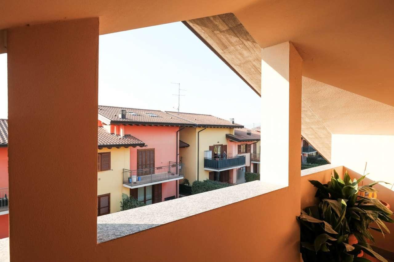 Appartamento in buone condizioni in vendita Rif. 8748812