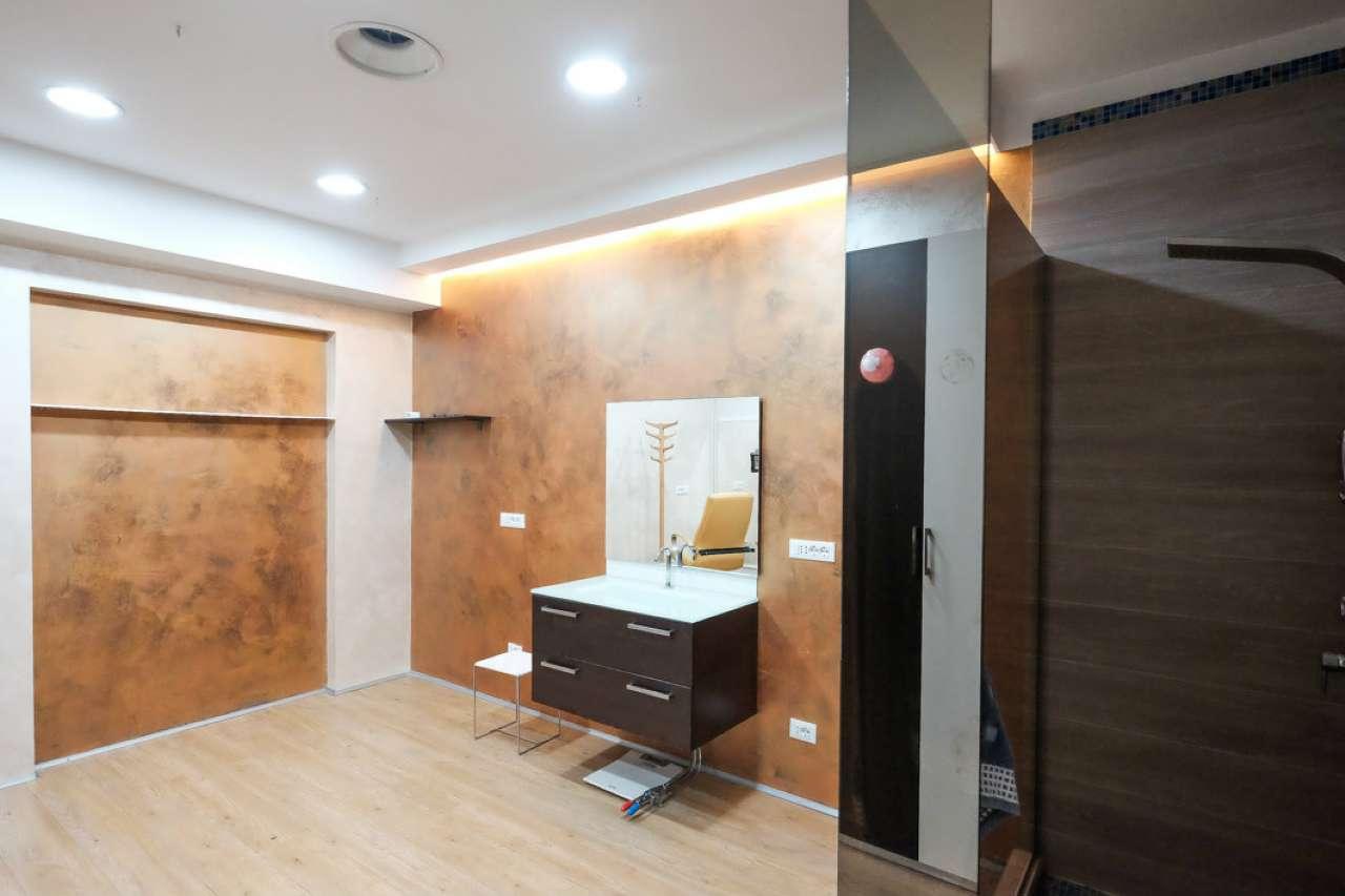 Immobile Commerciale in affitto a Brembate di Sopra, 2 locali, prezzo € 1.100 | CambioCasa.it