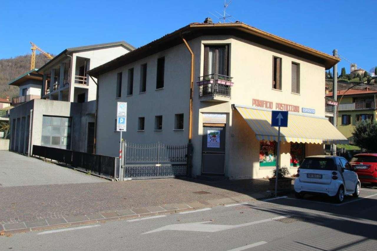 Attività / Licenza in vendita a Sotto il Monte Giovanni XXIII, 2 locali, prezzo € 250.000 | CambioCasa.it