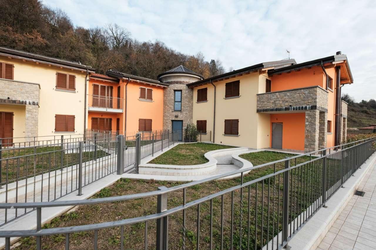Villa a Schiera in vendita a Cisano Bergamasco, 4 locali, prezzo € 329.000 | CambioCasa.it