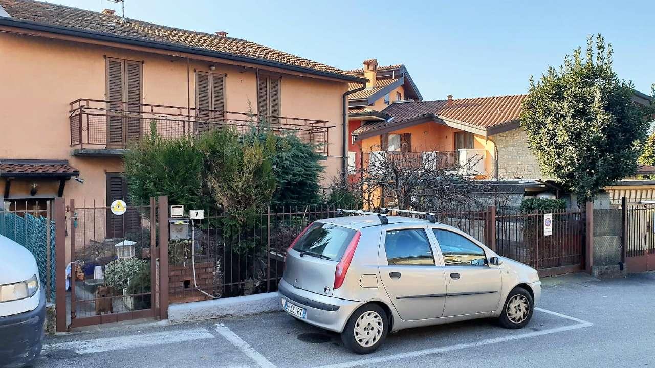 Appartamento in vendita a Curno, 2 locali, prezzo € 84.000 | CambioCasa.it