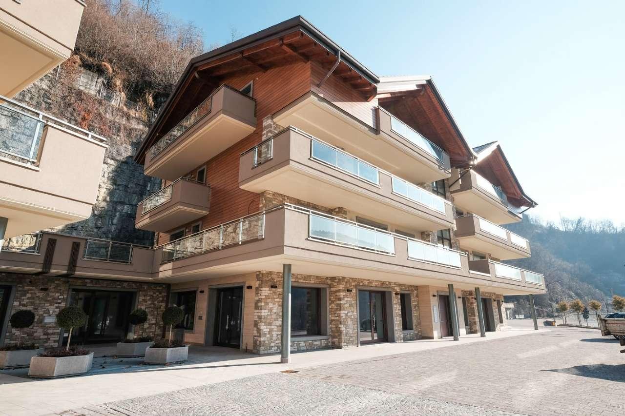 Appartamento in ottime condizioni in vendita Rif. 9455430