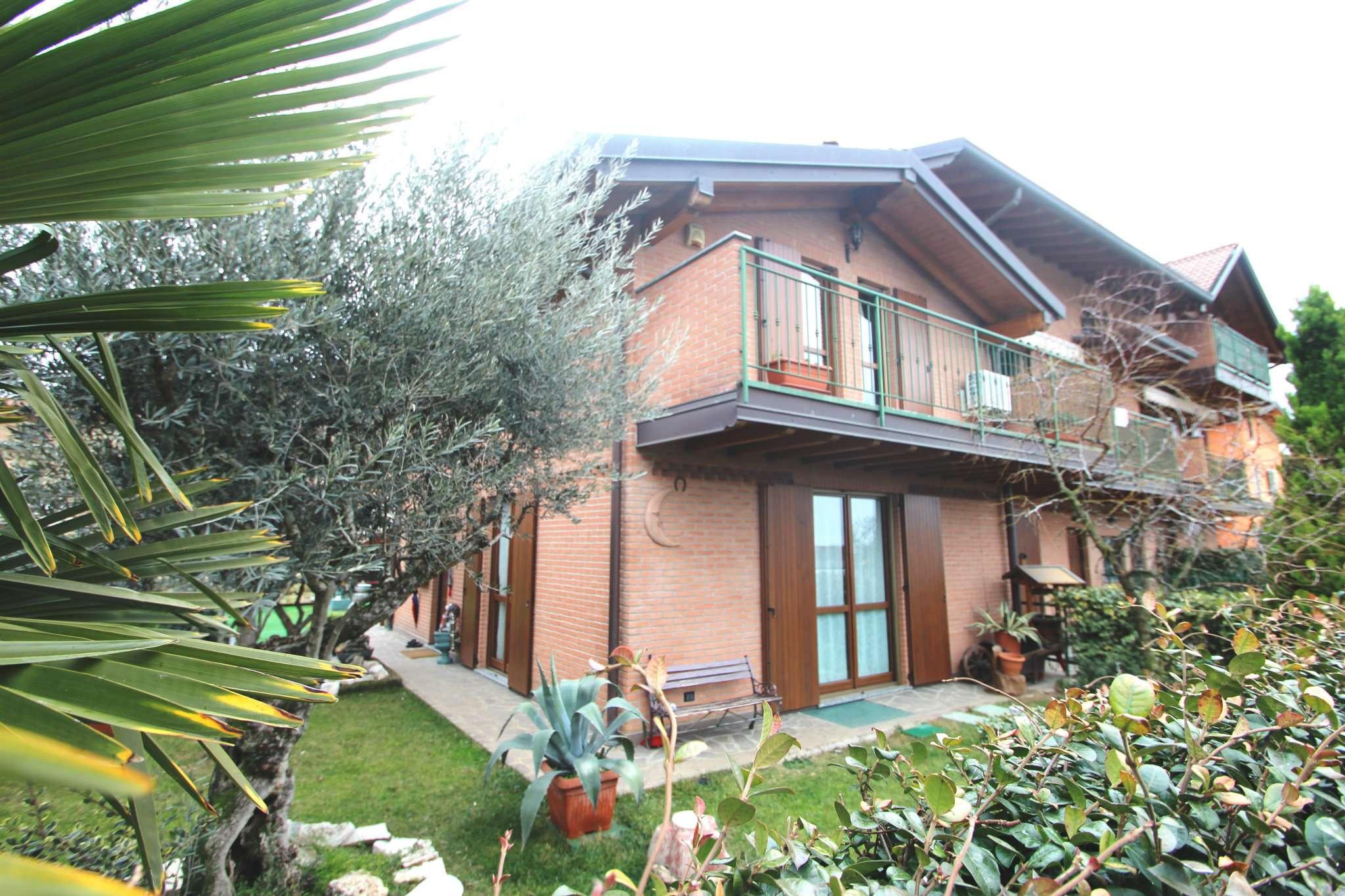 Villa a Schiera in Vendita a Zanica