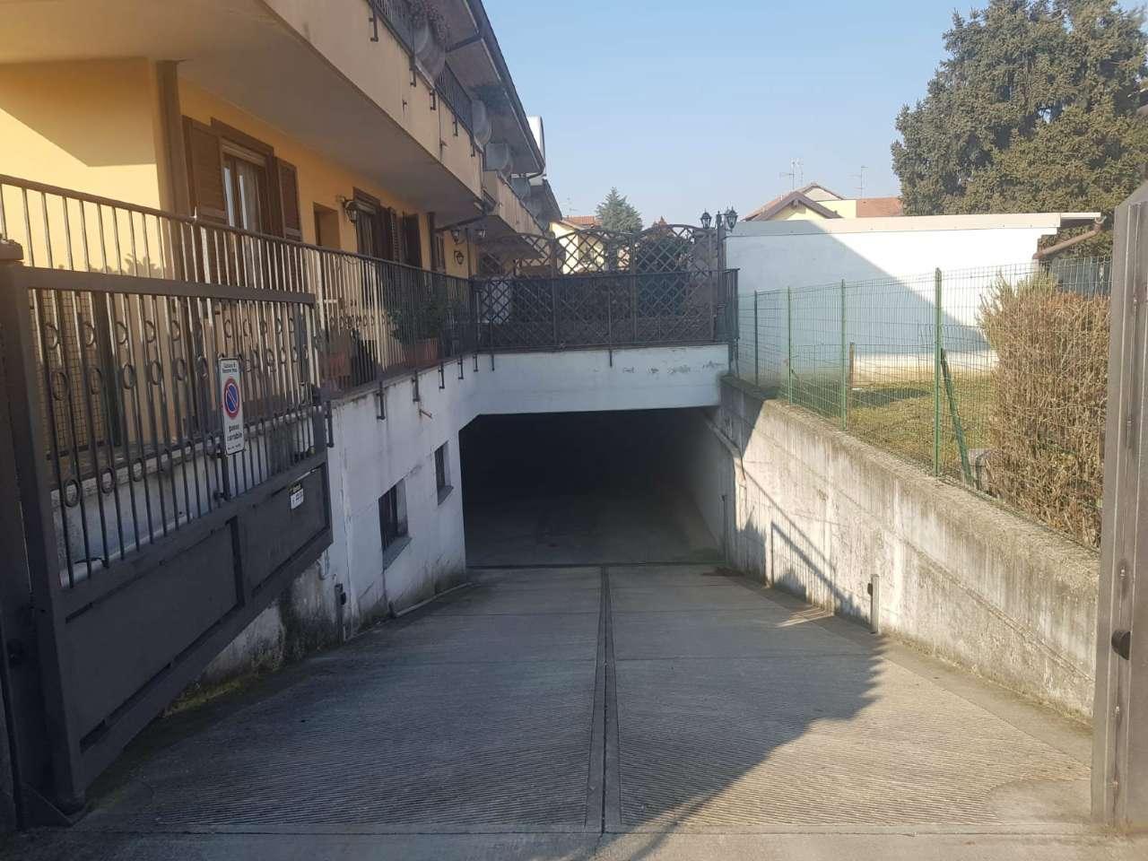 Box / Garage in vendita a Trezzano Rosa, 1 locali, prezzo € 12.000 | PortaleAgenzieImmobiliari.it