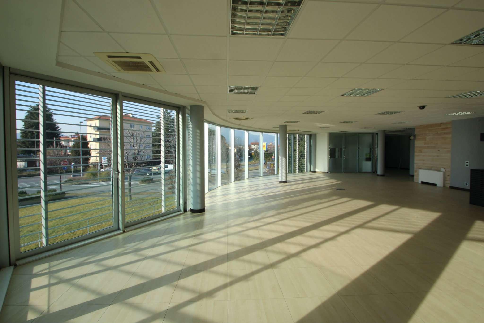 Ufficio / Studio in affitto a Bonate Sopra, 1 locali, prezzo € 1.800 | PortaleAgenzieImmobiliari.it