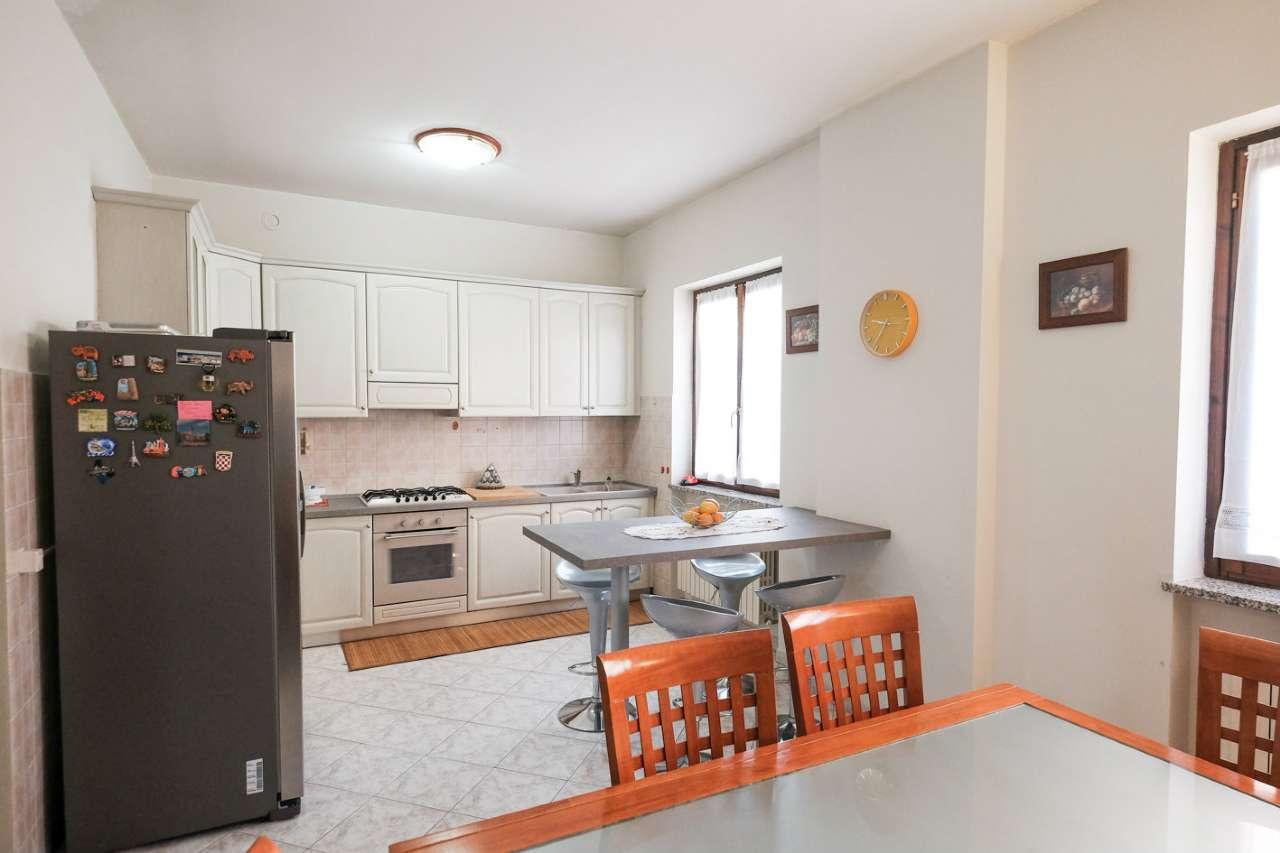 Appartamento in vendita a Bonate Sopra, 4 locali, prezzo € 129.000 | PortaleAgenzieImmobiliari.it