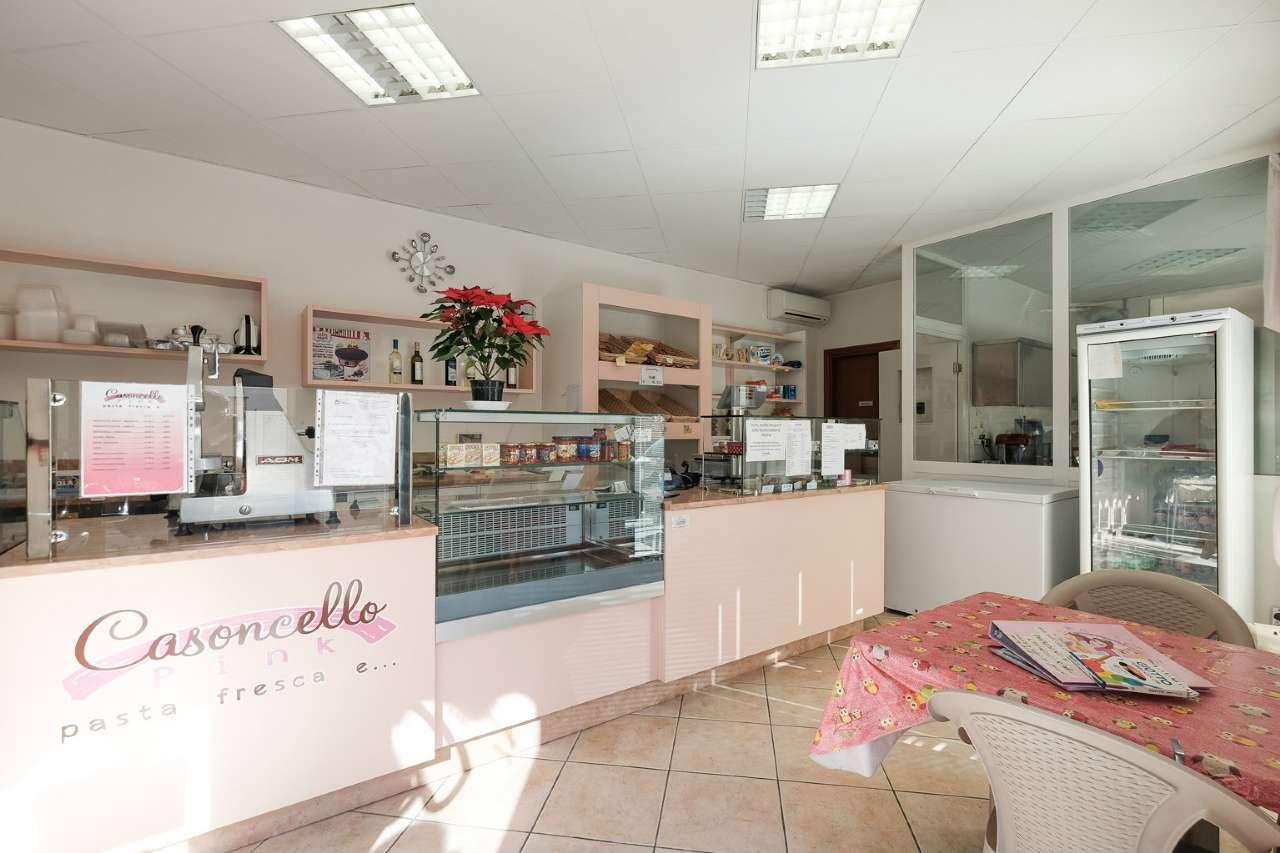 Negozio / Locale in vendita a Bonate Sotto, 2 locali, prezzo € 87.000 | CambioCasa.it