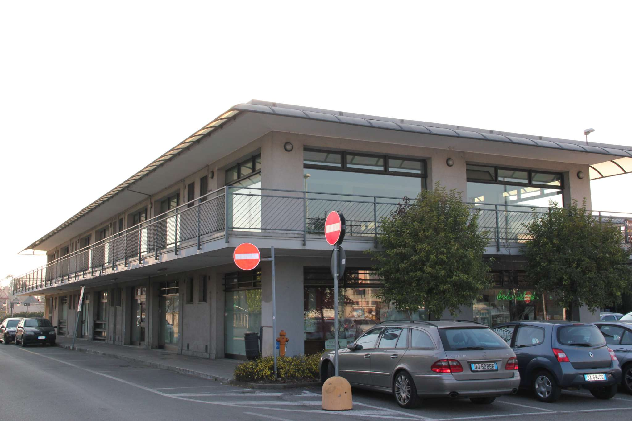 Negozio / Locale in vendita a Trezzano Rosa, 1 locali, prezzo € 65.000 | PortaleAgenzieImmobiliari.it