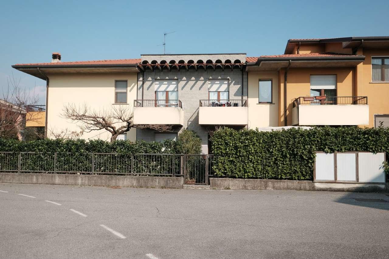 Appartamento in vendita a Chignolo d'Isola, 4 locali, prezzo € 110.000 | PortaleAgenzieImmobiliari.it
