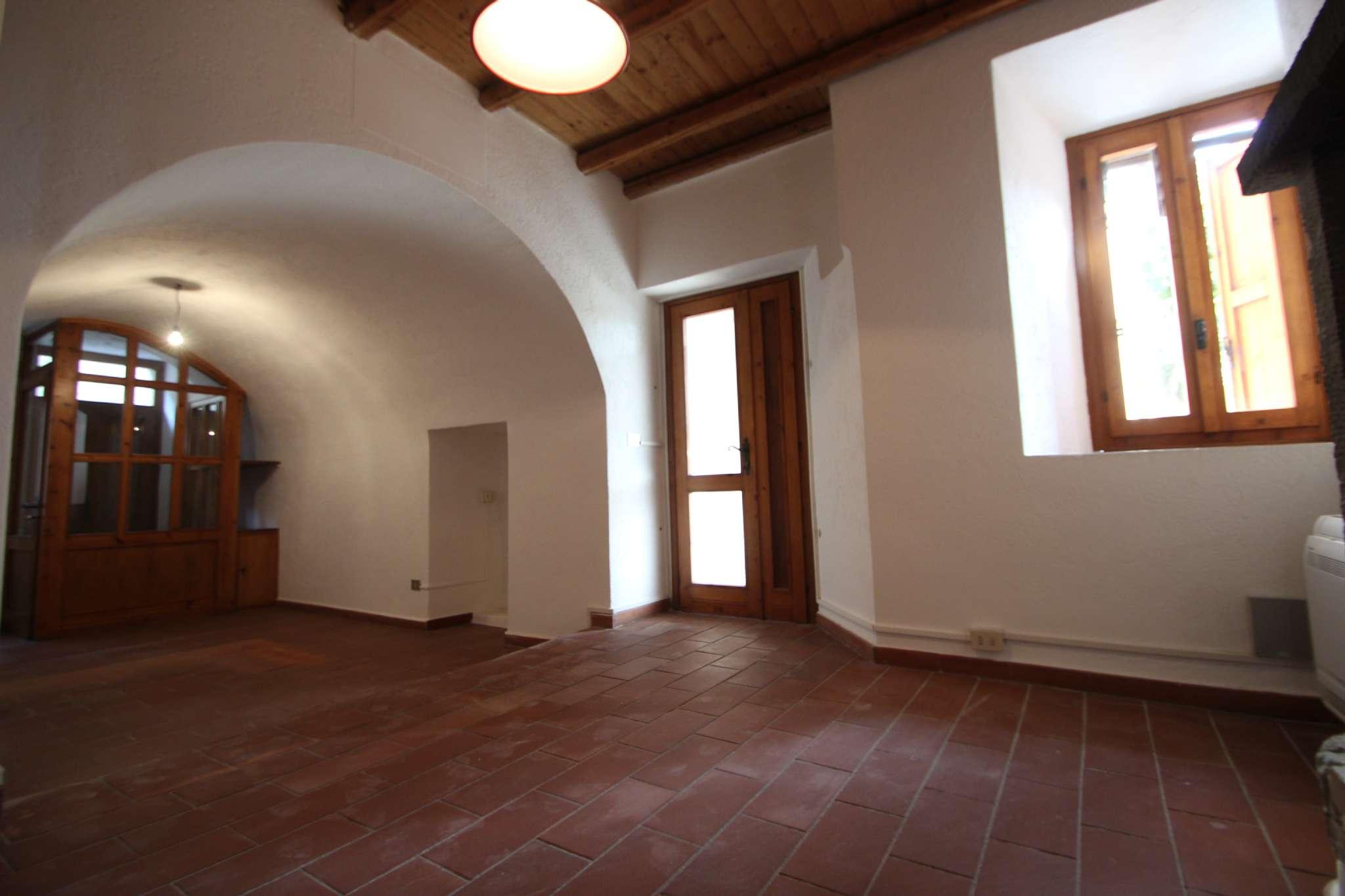 Ufficio / Studio in affitto a Bonate Sotto, 2 locali, prezzo € 400 | CambioCasa.it