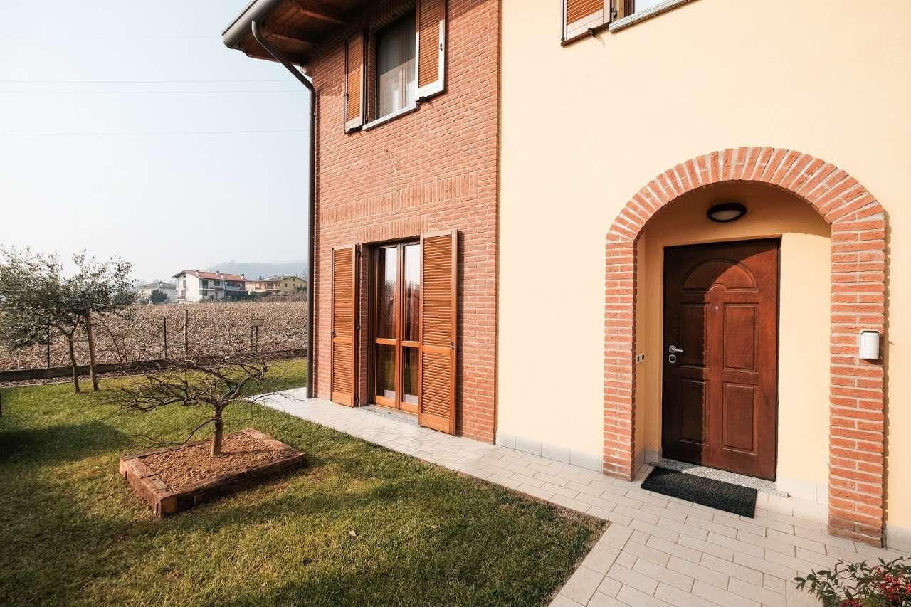 Villa Bifamiliare in vendita a Mapello, 4 locali, prezzo € 275.000 | CambioCasa.it