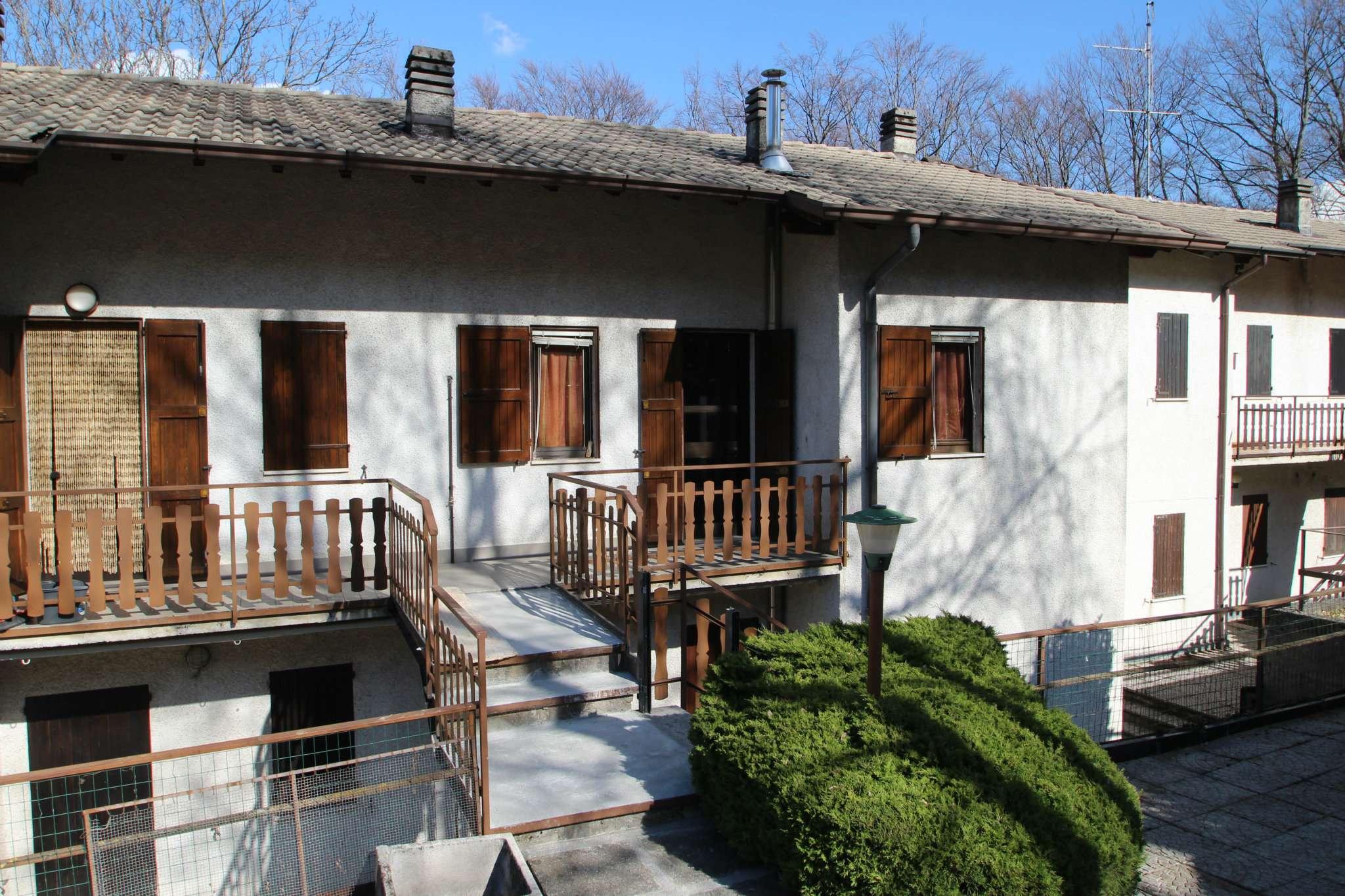 Appartamento in vendita a Roncola, 3 locali, prezzo € 55.000 | CambioCasa.it