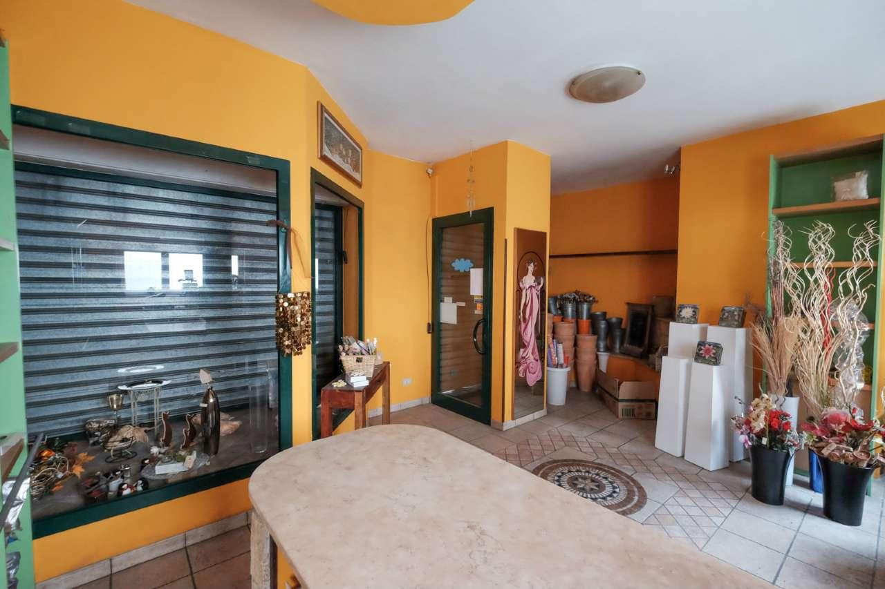 Negozio / Locale in vendita a Brembate, 2 locali, prezzo € 45.000 | PortaleAgenzieImmobiliari.it