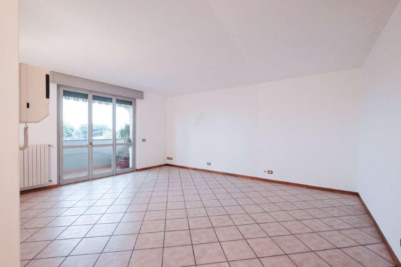 Appartamento in vendita a Terno d'Isola, 3 locali, prezzo € 139.000 | PortaleAgenzieImmobiliari.it