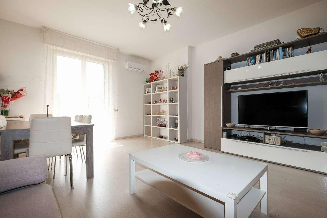 Appartamento in vendita a Osio Sotto, 3 locali, prezzo € 85.000 | PortaleAgenzieImmobiliari.it