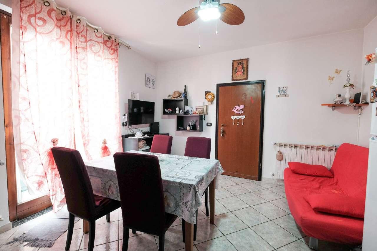 Appartamento in vendita a Bonate Sotto, 3 locali, prezzo € 60.000   PortaleAgenzieImmobiliari.it